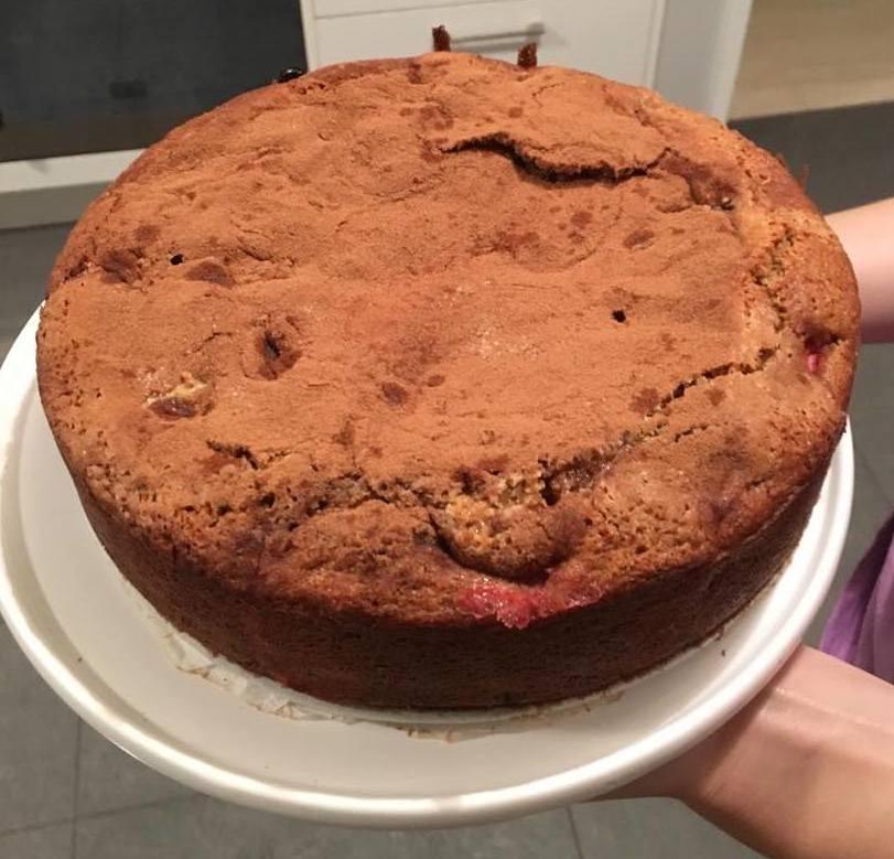 rhubabr cake